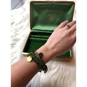 Jewelry - Gold coin beaded green bracelet